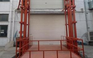 室外导轨式升降货梯